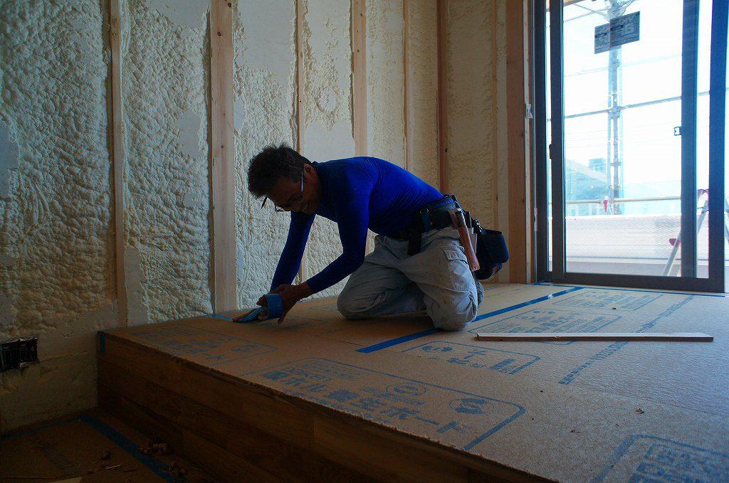 主寝室のスキップフロアの施工