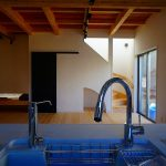 箕面市新稲の家のリビング