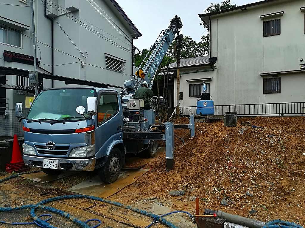 枚方市藤阪東町の地盤改良工事