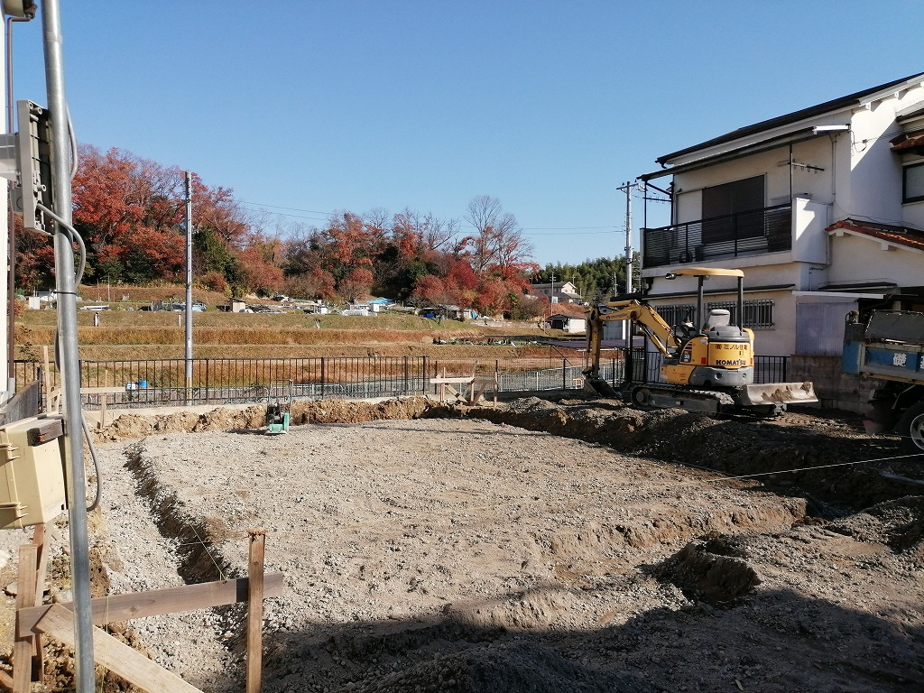 枚方市長尾台4丁目の家の基礎掘方